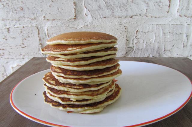 Papo de Cozinha – Homemade pancakes: panquecas para um café da manhã americano