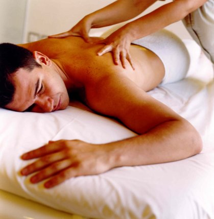 homem massagem