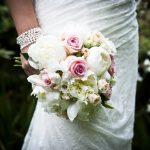 Flores estão fora de moda? Saiba como decorar sua festa e deixá-la inesquecível com lindas flores