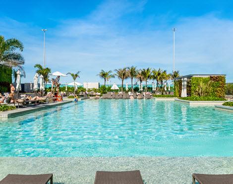 hotel com piscina grand pool