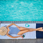 Hotel com piscina, melhores drinks e você em uma experiência inesquecível!
