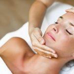 Como a limpeza de pele profissional pode dar um up no seu visual!