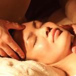Sua pele iluminada e restaurada com nosso Tratamento Facial!