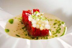 Prato do Chef's Table de março que celebra a culinária baiana
